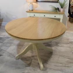 Bramley 1 2m round table